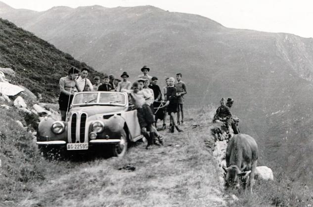 1952 war das Ziel des Jungwachtlagers die Galmihornhütte ob Münster im Wallis.