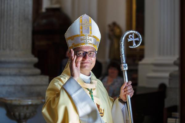 Bischof Felix in der St. Ursenkathedrale, Solothurn